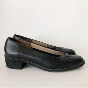 Salvatore Ferragamo Black Leather Heel 8.5A
